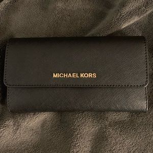 Michael Kors Jet set large trifold wallet